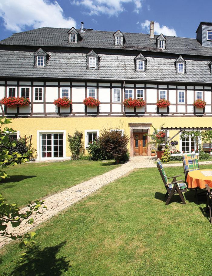 Süß-Mühle Raschau Innenhof